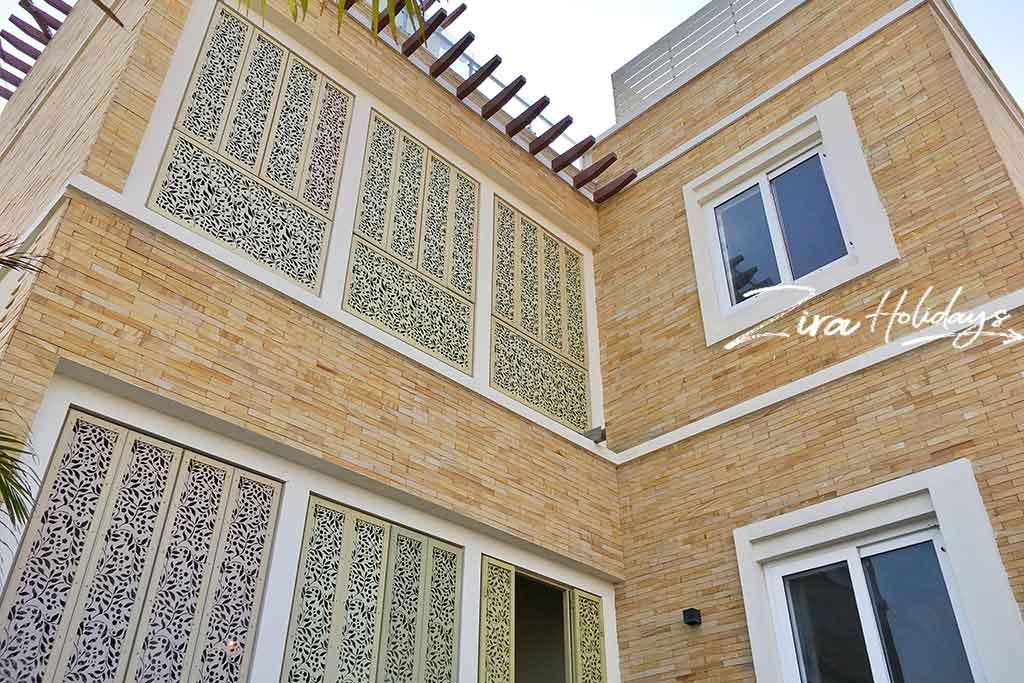 luxury home in ecr