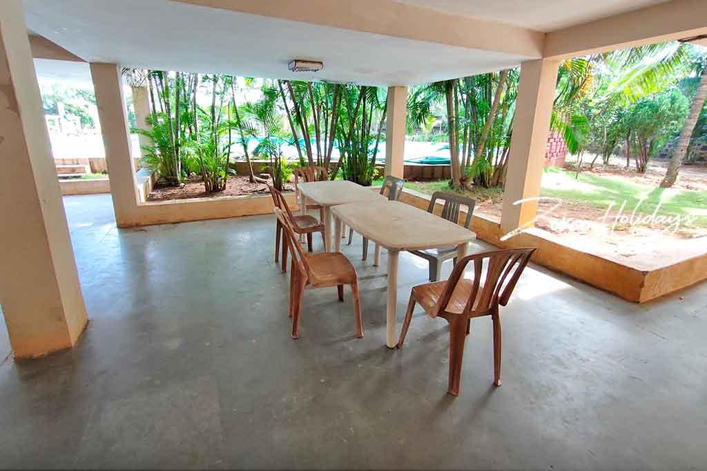 prestige villa ecr for rent