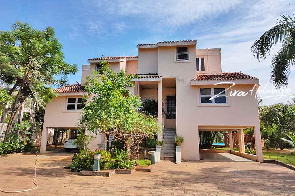 zira holidays beach house for rent in ecr
