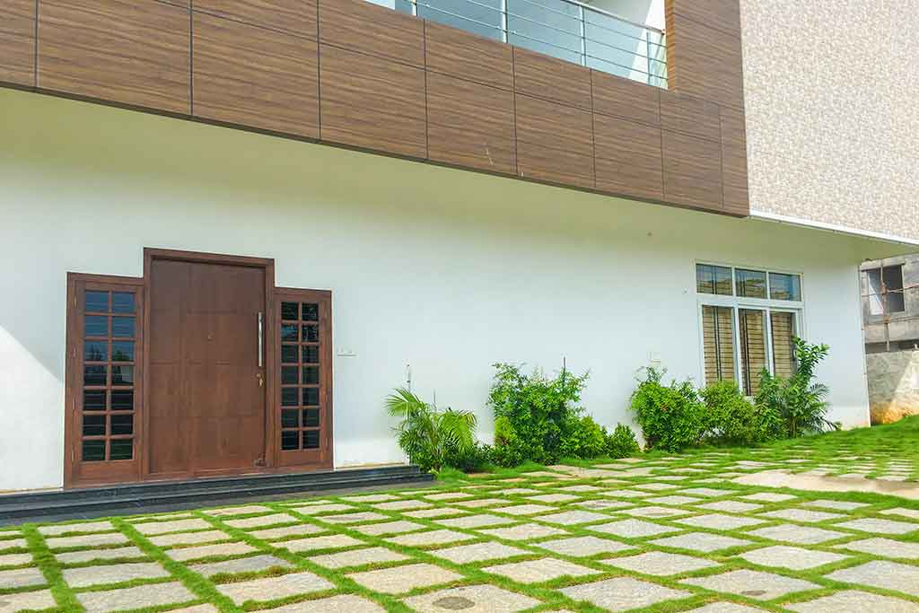 ecr olive beach house