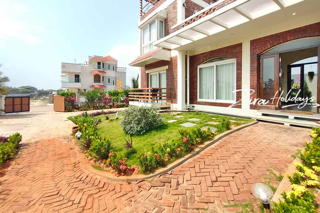 premium beach villa for rent in ecr