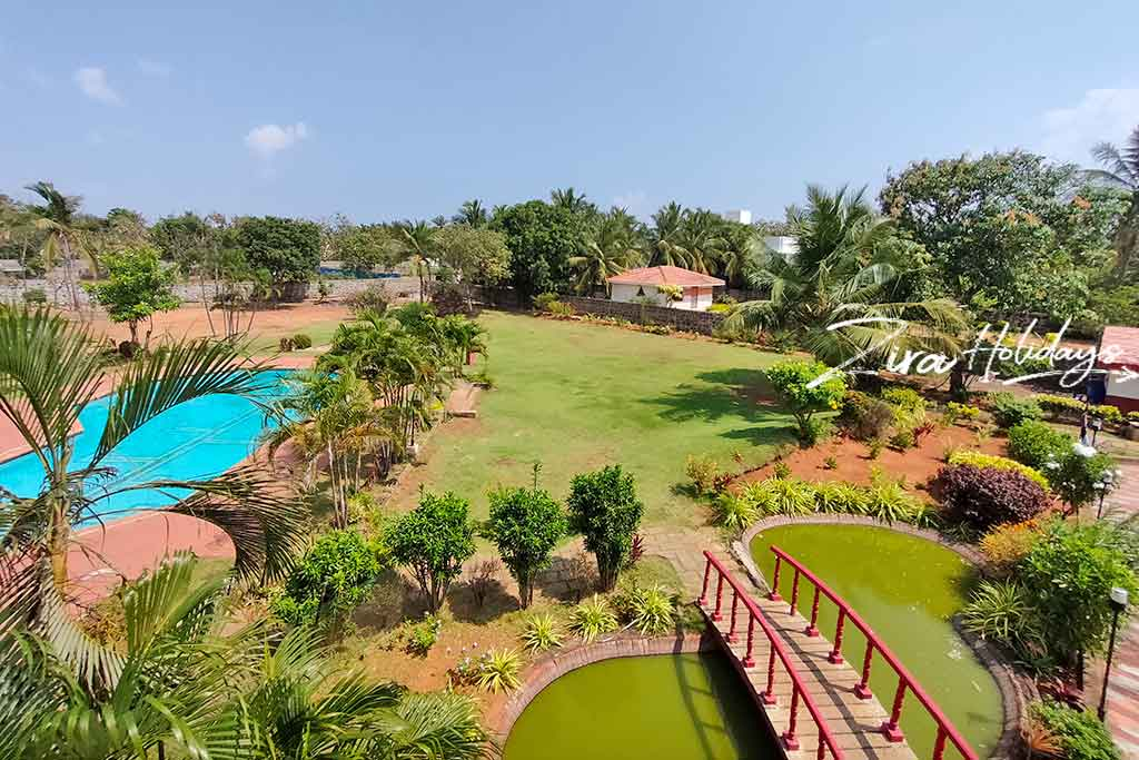 party lawn in ecr for rent