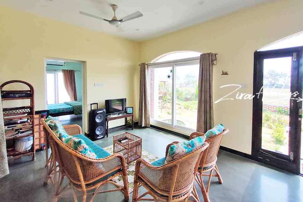 private pool villa for rent in ecr