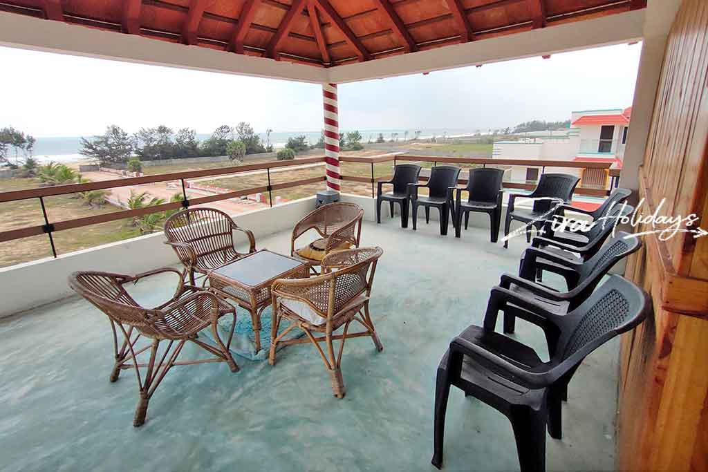 private beach villa for rent in ecr