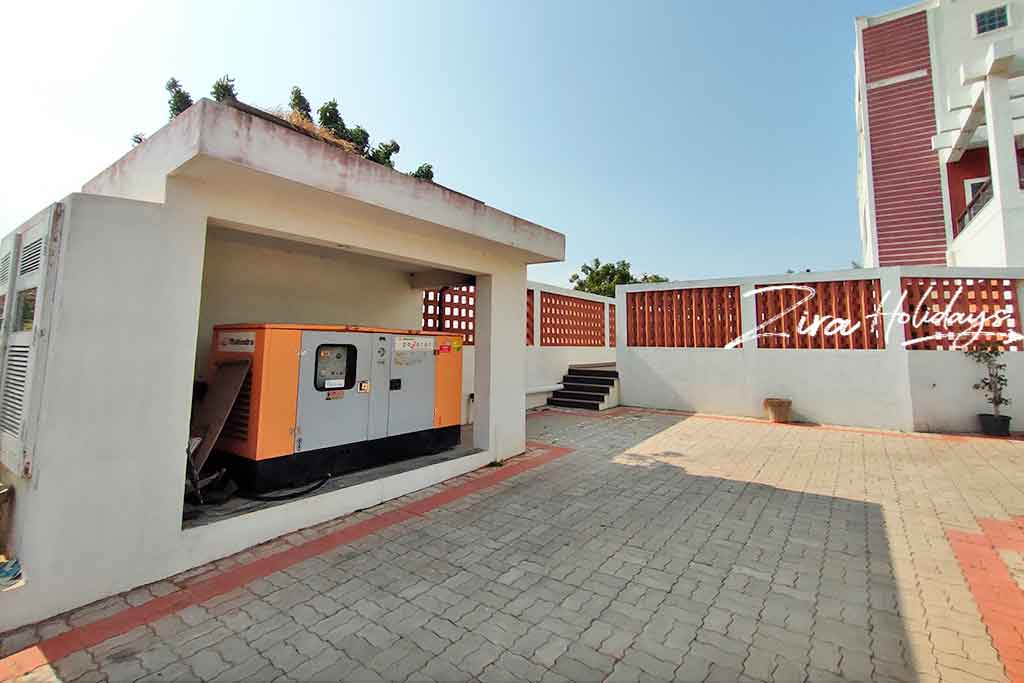low price beach house for rent in ecr