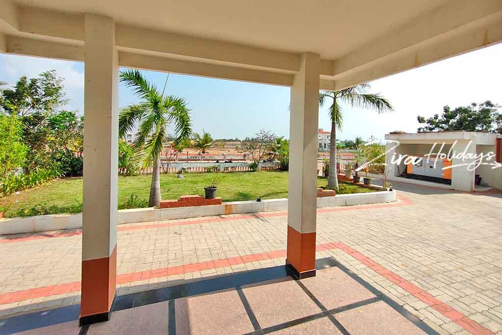 low price beach villa for rent in ecr