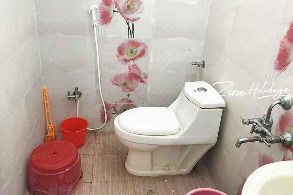 prestige villa yelagiri hills restroom photos