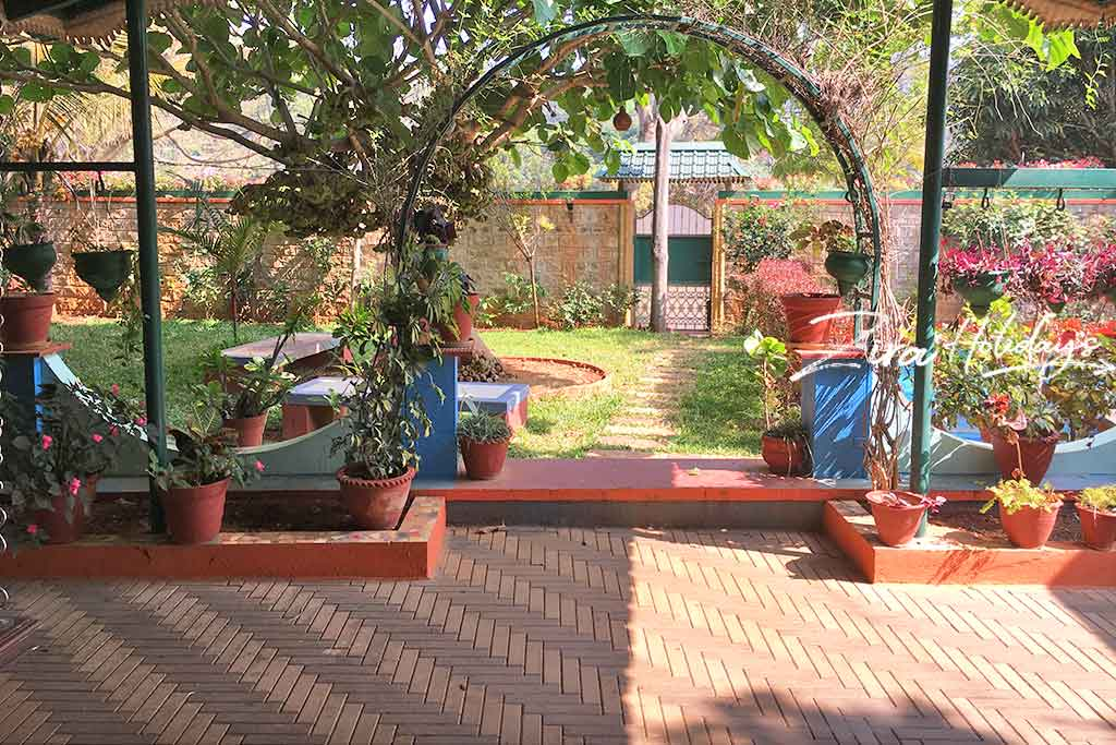 private cottages in yelagiri