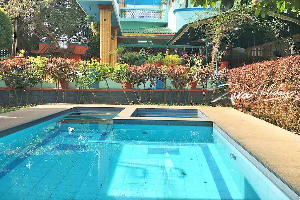 villa with swimming pool in yelagiri