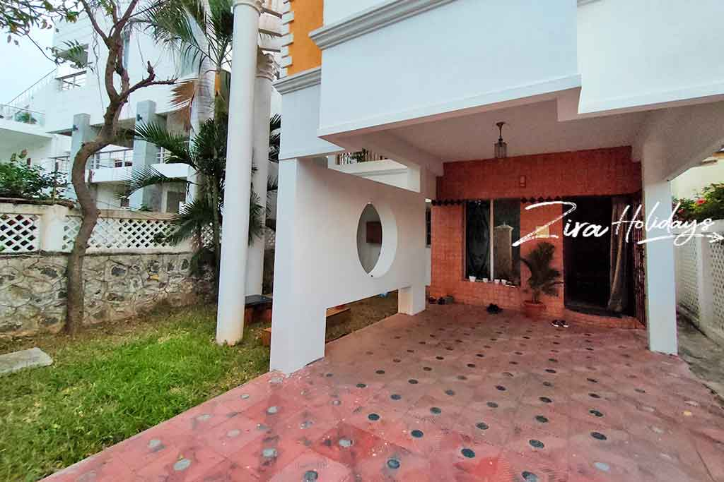 aura villa for rent in ecr