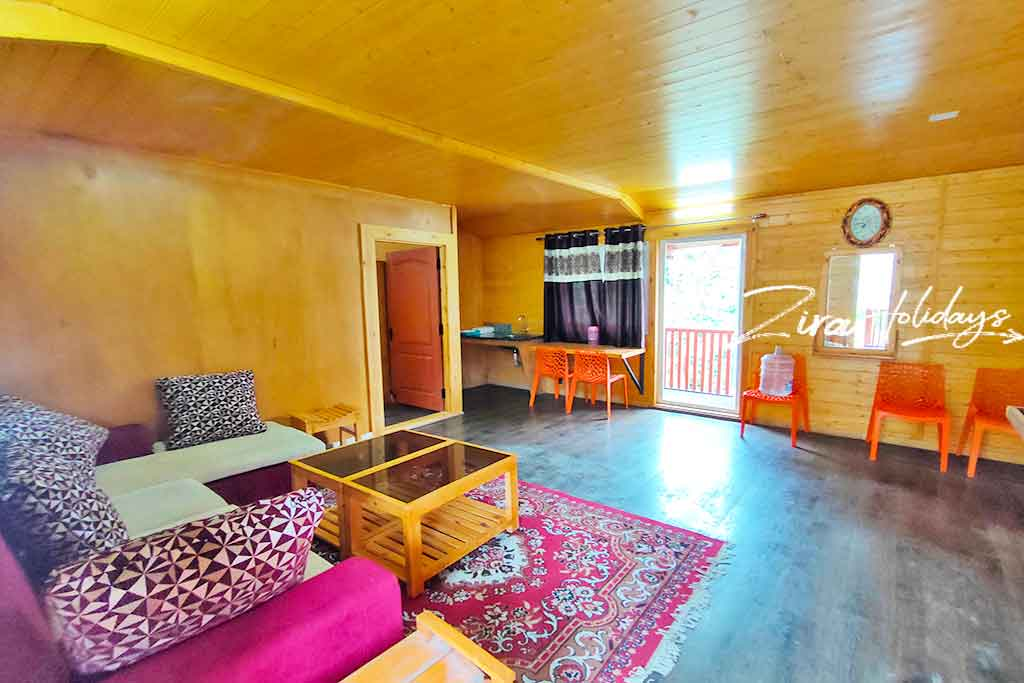 lynwood cottages in kodaikanal with campfire