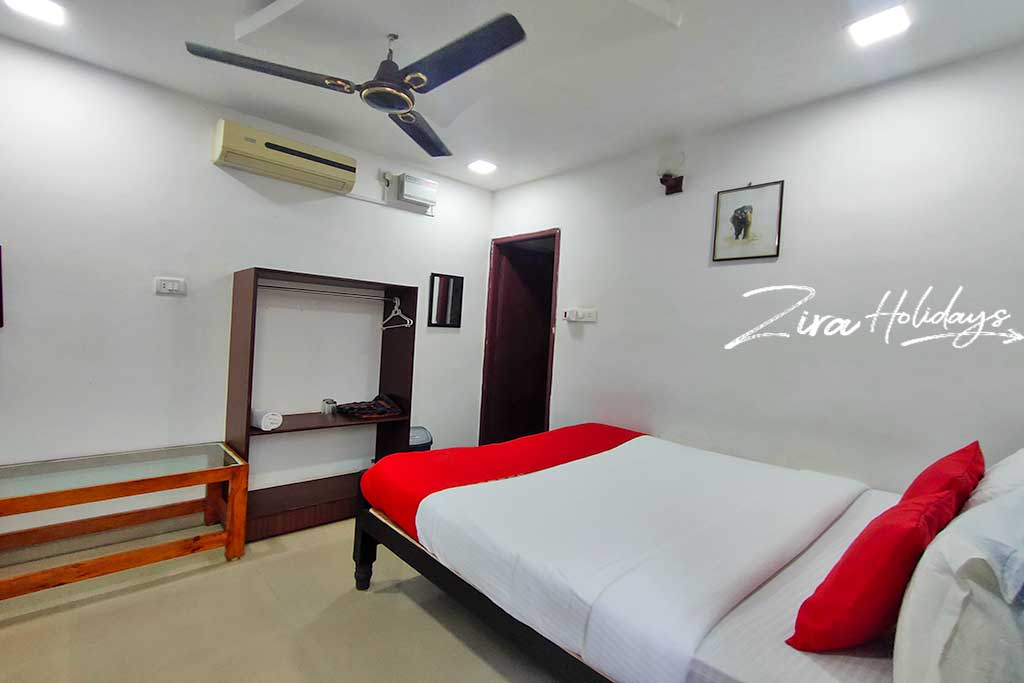 beach cottages in kovalam for couples