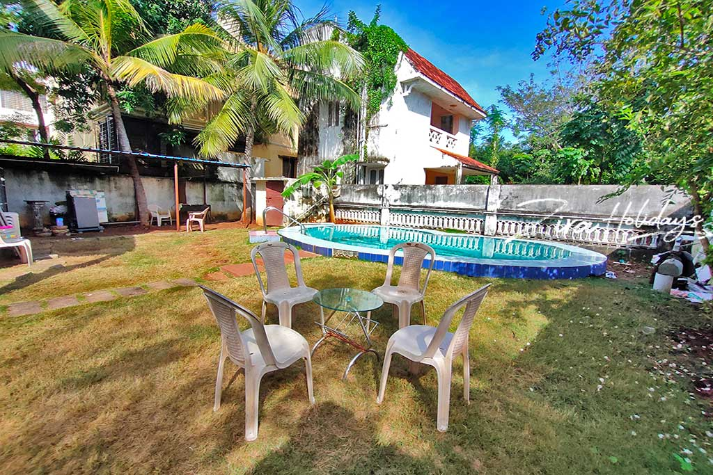 blueskies beach house for hire in ecr