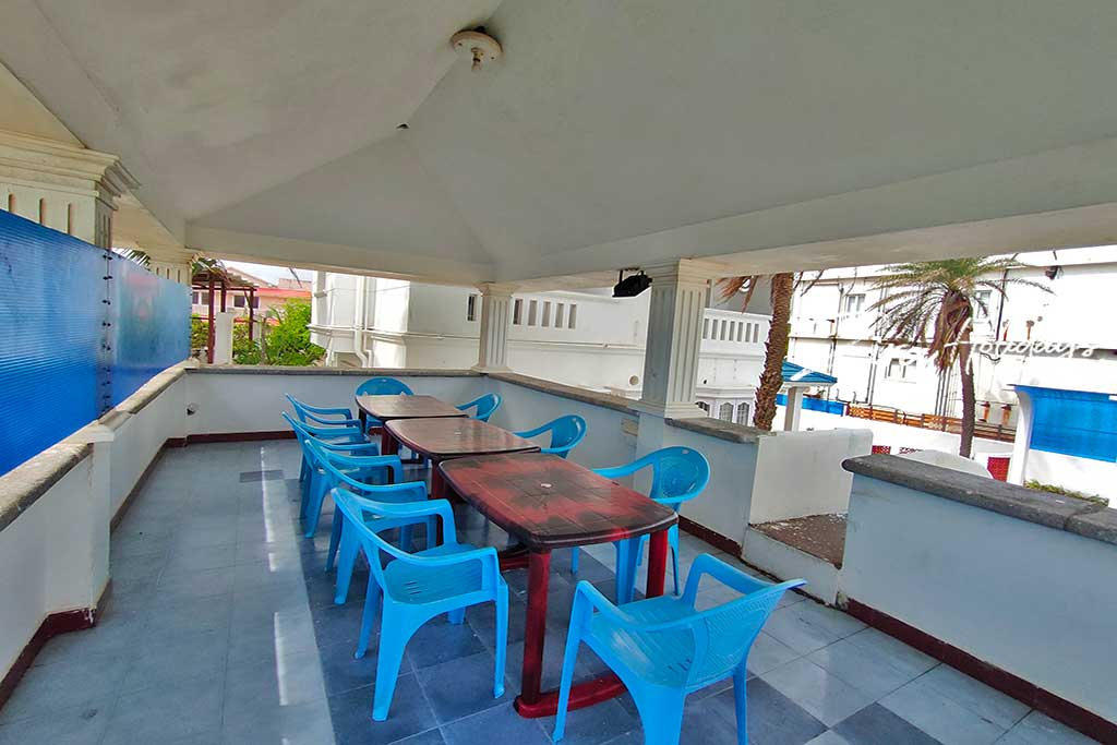 budget beach house for rent in kovalam