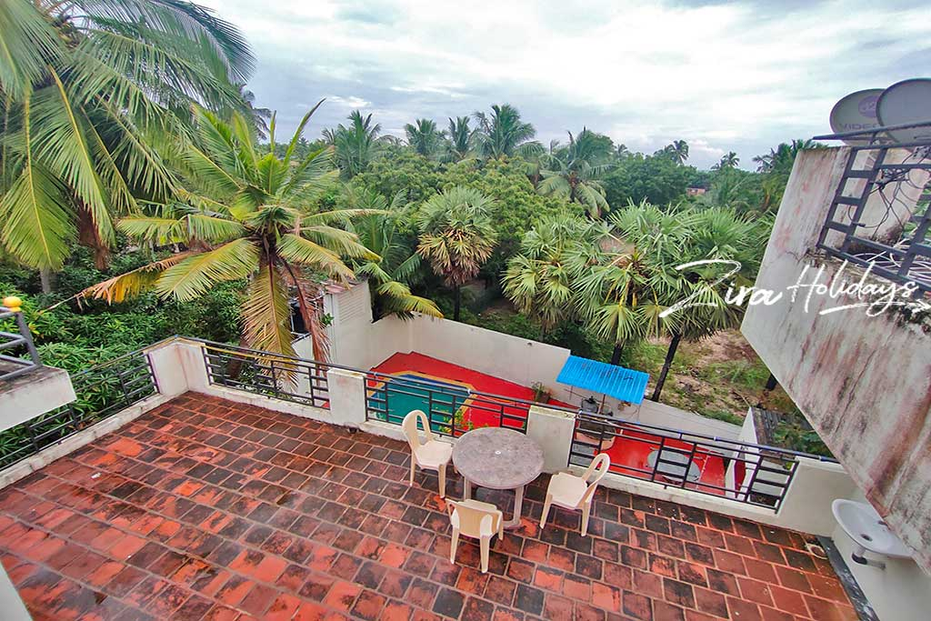 ecr beach villa with swimming pool for family