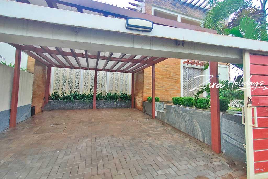 ezeestays beach villa for rent in ecr