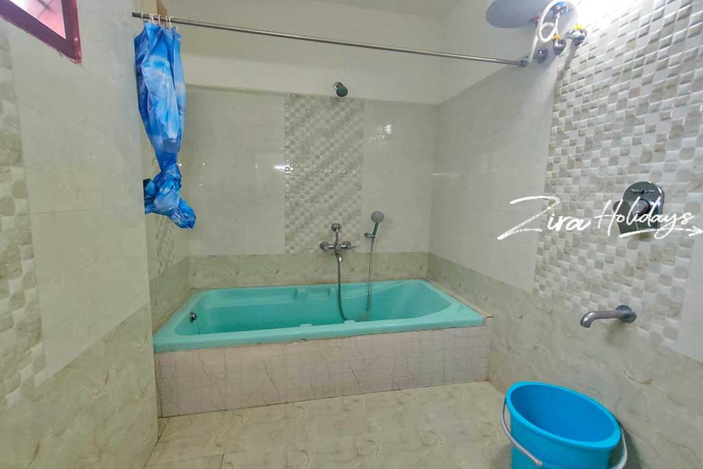 ezeestays ecr resorts for couples