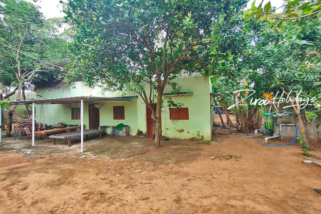 farm stays for couples in ecr