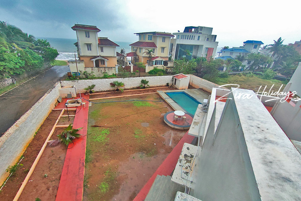 luxury beach house in ecr for daily rent
