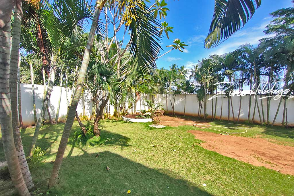 rm farm house for daily rent in ecr