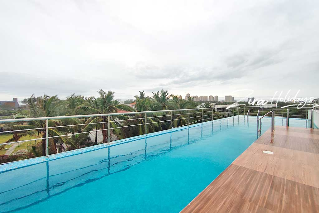 beach house in uthandi with swimming pool