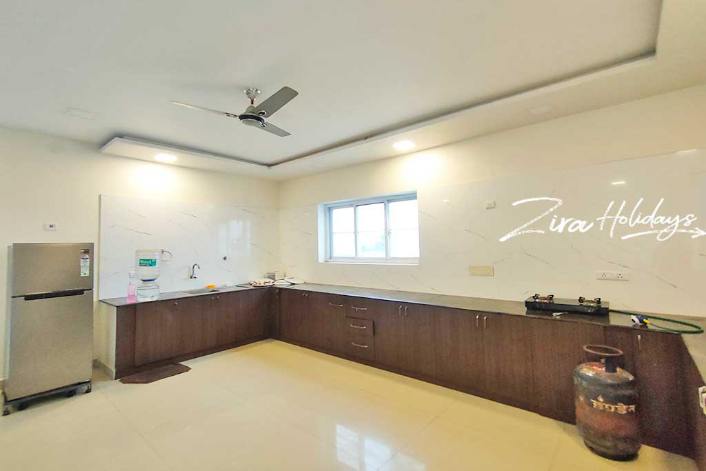 house for daily rent in ecr