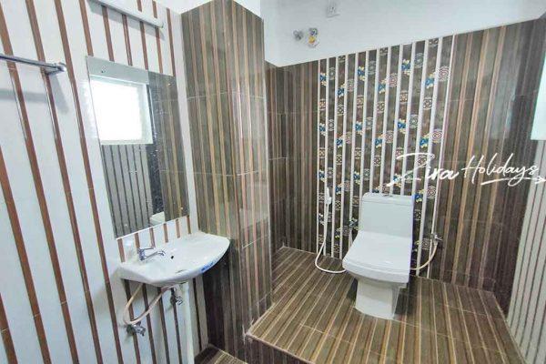 triple occupancy rooms restrooms images